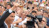 Superstar Ronaldo bei Juventus Turin eingetroffen