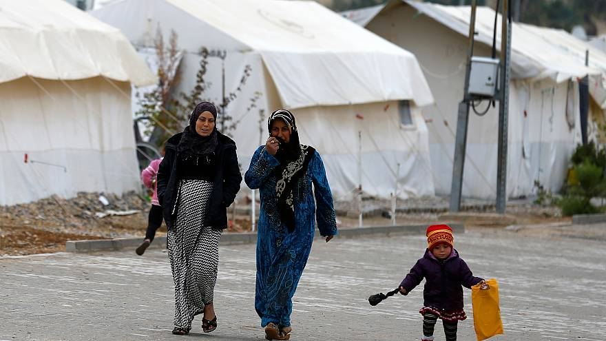 Turkey stops registering asylum seekers from Syria, says rights group