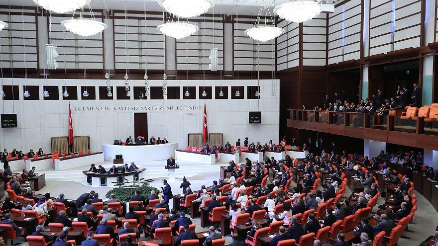 OHAL iki gün sonra kalkıyor, yeni düzenleme meclise sunuldu