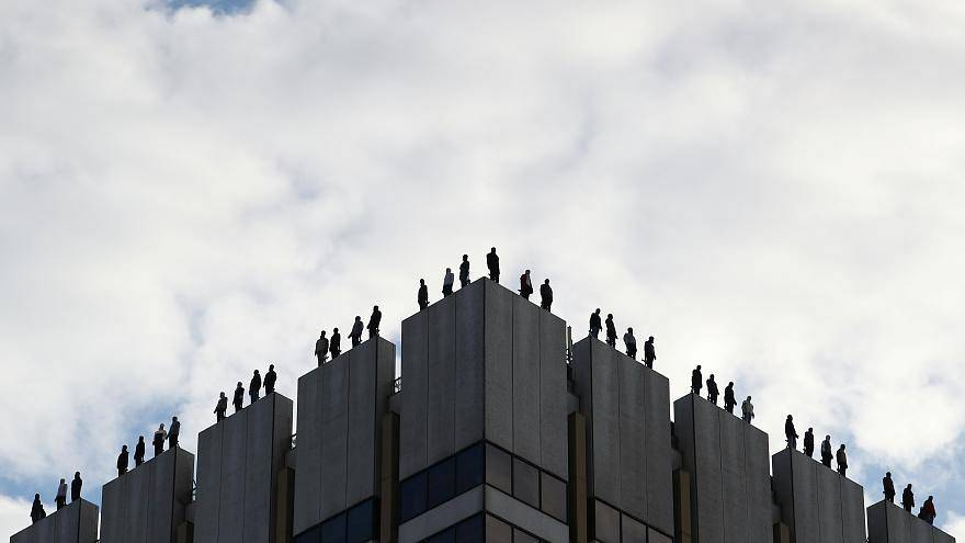 ¿Qué países de la UE registran las tasas de suicidio más altas?