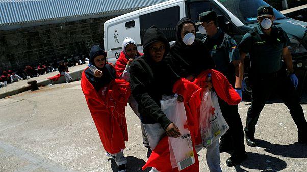 لیبی؛ پیدا شدن جنازه هشت مهاجر از جمله شش کودک در یک کامیون یخچالدار