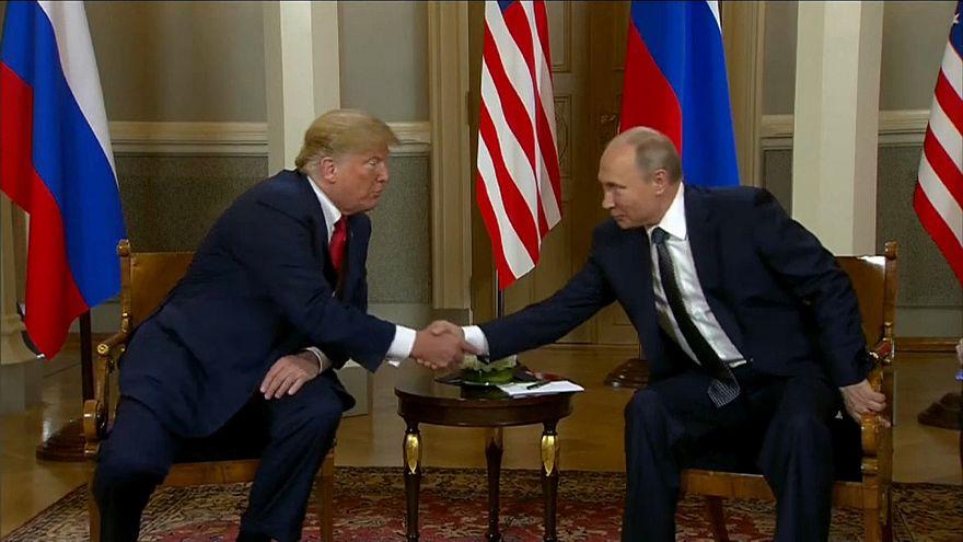 """Putin diz que conversações com Trump foram """"bem-sucedidas"""""""