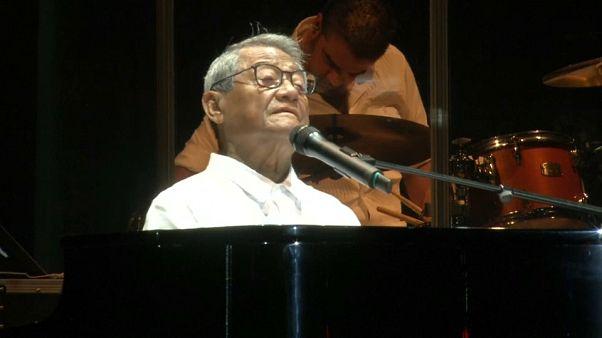 Armando Manzanero actúa en Cuba por primera vez