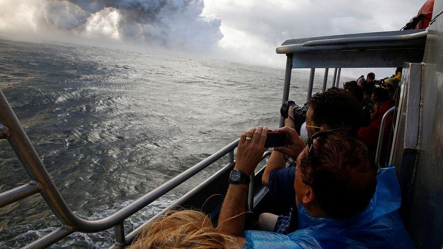 Volcan en éruption : la visite en bateau tourne mal