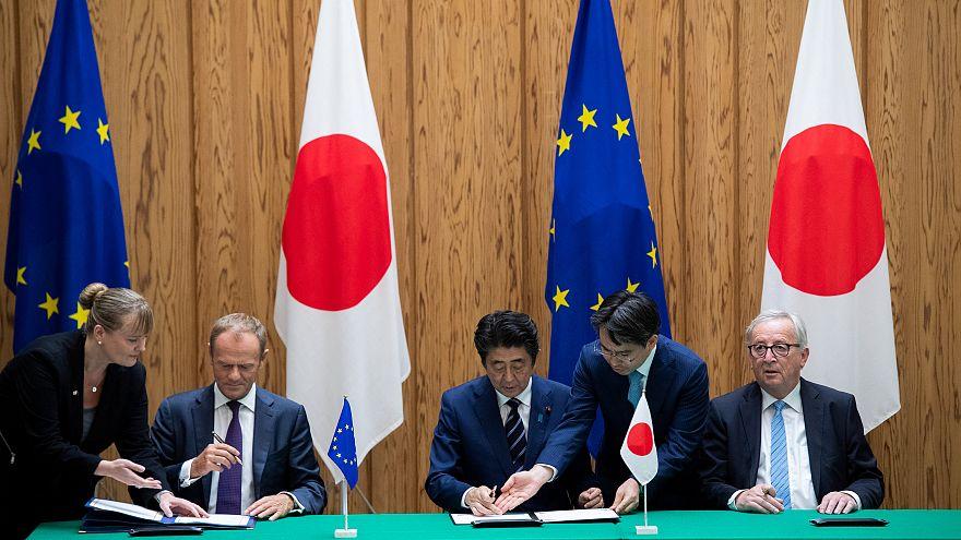 Ue-Giappone: firmato accordo di libero scambio