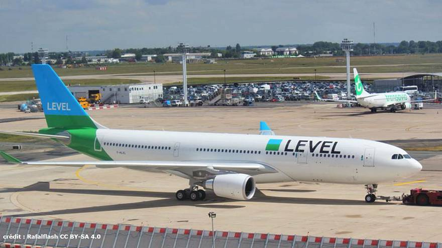 un Airbus A330 de la compagnie LEVEL