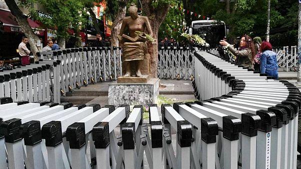 İnsan Hakları Anıtı - Ankara