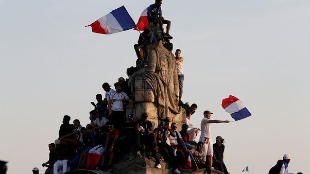 France : les champions du monde font le show à l'Elysée