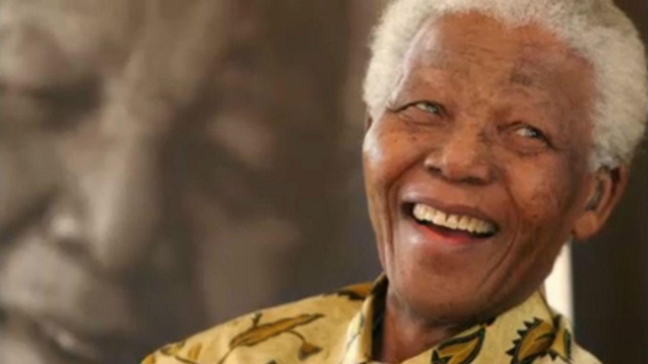 Kiállítás: száz éve született Mandela