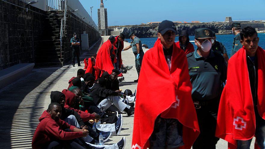 Spanien gewährt Migranten Gesundheitsversorgung vom 1. Tag an