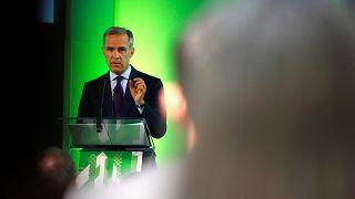 """Банк Англии предупреждает о рисках """"жёсткого брексита"""""""