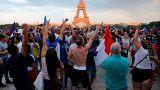 نساء ينددن بإعتداءات جنسية في شوارع باريس خلال احتفالات التتويج بكأس العالم