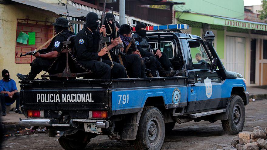 Nicaragua: Barikád háború