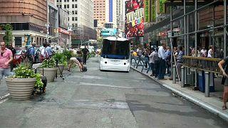 شاهد: أول حافلة ذاتية القيادة تجوب شوارع نيويورك