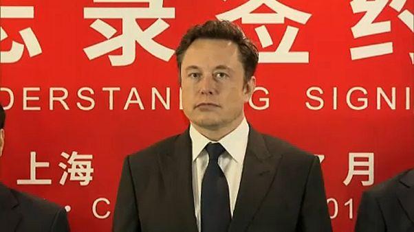 Bocsánatot kért Musk