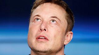 Musk, 'pedofili' ile suçladığı İngiliz dalgıçtan özür diledi
