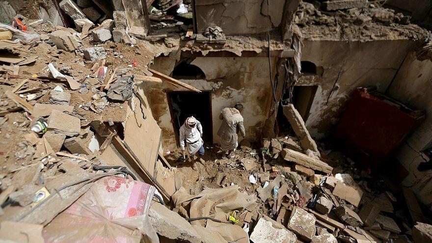 در جریان حمله نیروهای ائتلاف به تعز ۳ شهروند یمنی کشته شدند