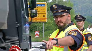 Bayerns Polizei beginnt mit Grenzkontrollen zu Österreich