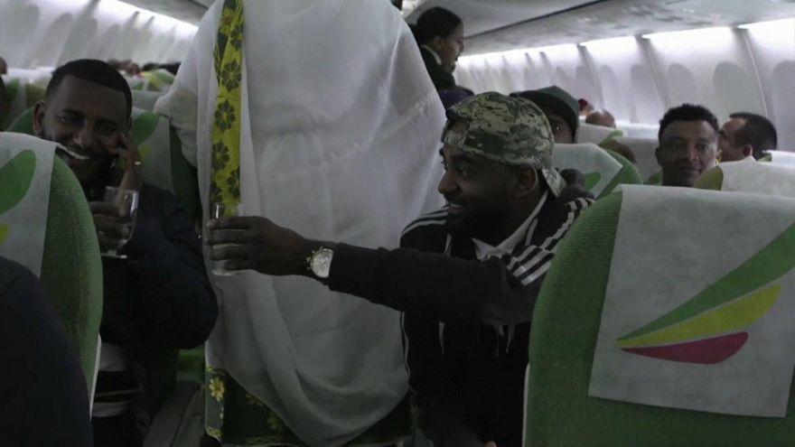 Les passagers du premier vol entre l'Ethiopie et l'Erythrée en 20 ans