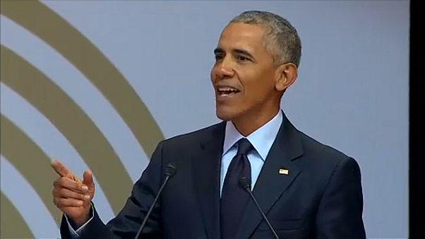 Obama: Párhuzam Mandela és a futball-vb között