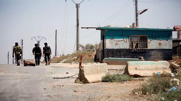 جنود سوريون في ريف درعا يوم الثلاثاء
