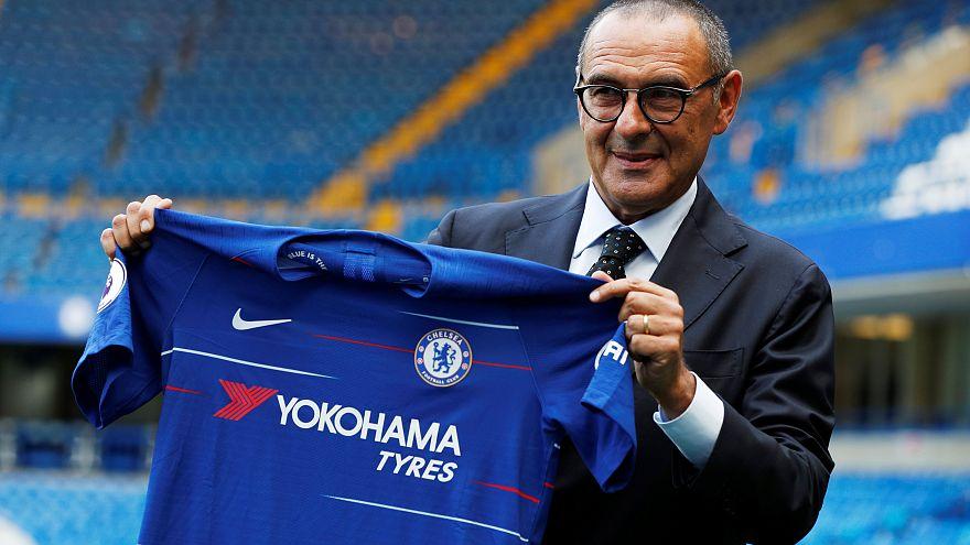 """Maurizio Sarri """"in tiro"""" per la presentazione allo Stamford Bridge"""