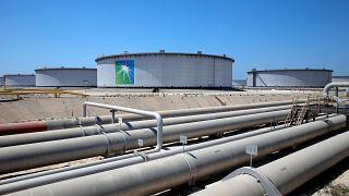 Riyad'daki Aramco petrol rafinerisi