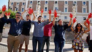 Italie : la politique migratoire de Salvini suscite l'indignation