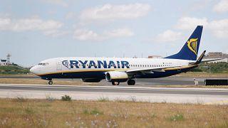 Un avion de la compagnie Ryanair dont 600 vols sont annulés pour grève