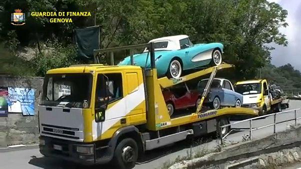 إيطاليا تصادر مجموعة من السيارات الكلاسيكية الفخمة لمتهربين من الضرائب