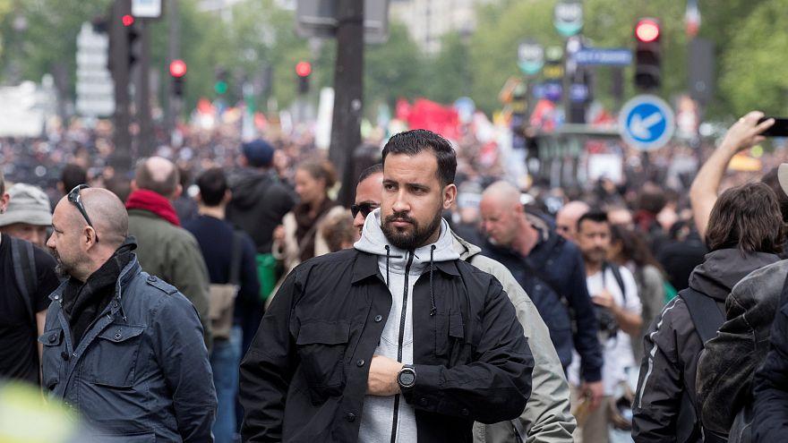 Colaborador do Eliseu espanca manifestante no Dia 1 de Maio