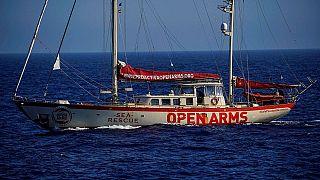 El Open Arms pone rumbo a España tras la disputa con Italia