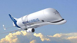 Airbus uçan balinası 'BelugaXL'yi tanıttı
