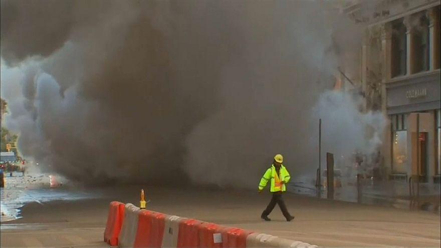 Dampfleitung explodiert in New York