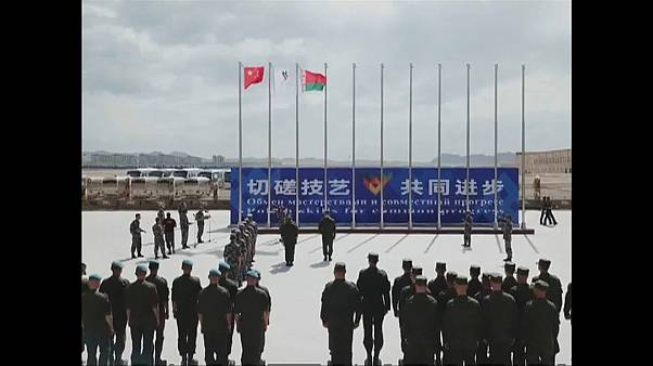 الصين تحتضن مبارزات عسكرية بين مجموعة جيوش
