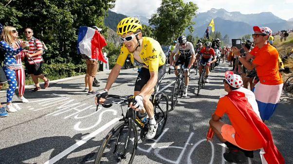 Geraint Thomas reforça liderança do Tour