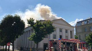 حريق مجهول السبب يلتهم كنيسة للروم الكاثوليك في جنيف