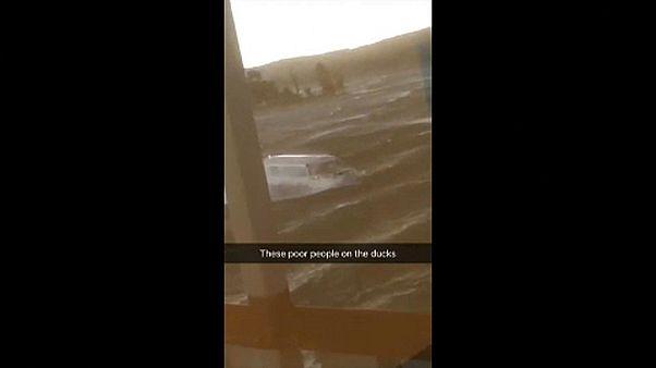 واژگون شدن یک قایق در یک دریاچه در میسوری ۱۷ کشته برجای گذاشت