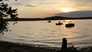 Un bateau chavire sur un lac dans le Missouri, au moins onze morts
