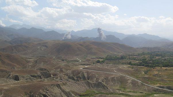 Afganistan'da hava saldırısında siviller öldü