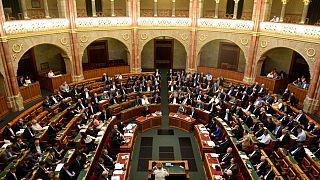 Fontos törvényeket fogadott el a parlament