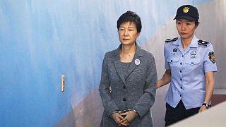 هشت سال محکومیت مضاعف زندان برای رئیس جمهوری سابق کره جنوبی