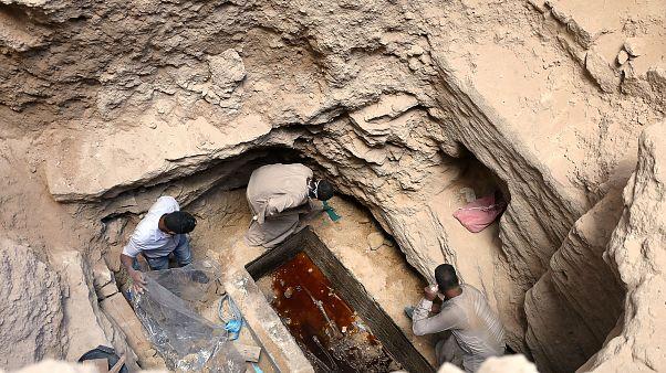 Egipto: abren el misterioso sarcófago de granito negro