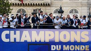 Bunte Woche: WM-Feierei in Paris und schnelle Finger in Madrid