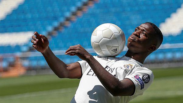 El Real Madrid presenta al jovencísimo Vinícius Junior, la joven estrella del Flamingo