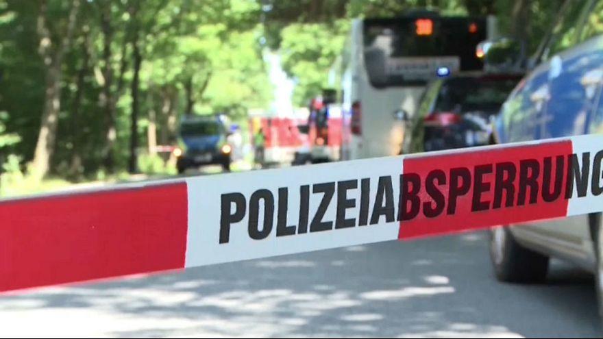 حمله به مسافران اتوبوسی در شهر لوبک آلمان دستکم ۱۴ زخمی برجای گذاشت