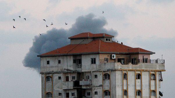 Cannonate e raid aerei israeliani su Gaza, almeno 4 morti