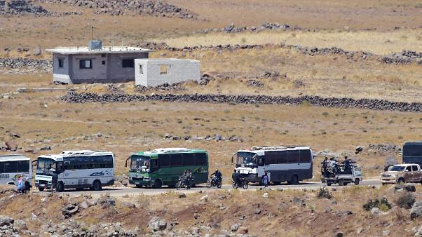 Syrian rebels leave quneitra