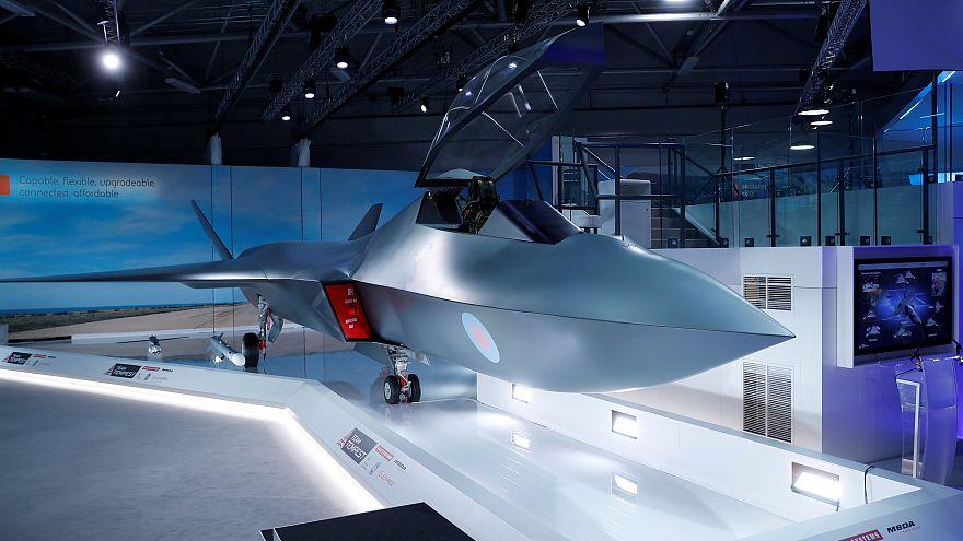İngiltere'den F-35'i geride bırakacak lazer silahlı ve insansız yeni savaş uçağı