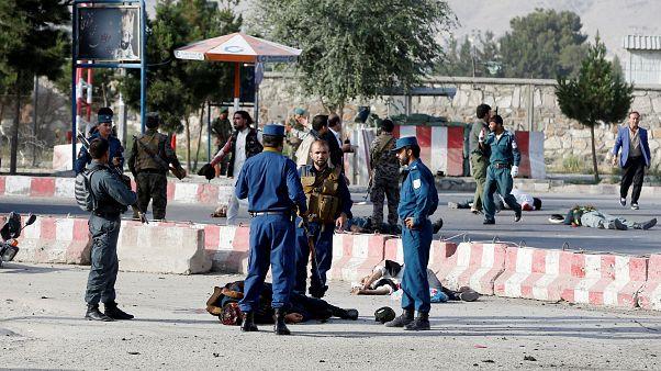 Türkiye'den ayrılan Cumhurbaşkanı Yardımcısı Dostum Afganistan'da bombalı karşılama